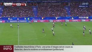 Retransmissió del partit a l'estadi de França quan sonen les explosions