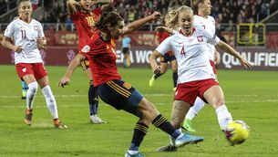 Mariona Caldentey es trenca jugant amb la selecció espanyola