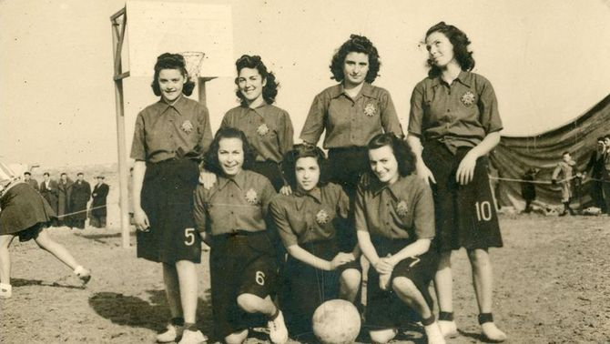Els records de les pioneres del bàsquet femení a Tàrrega
