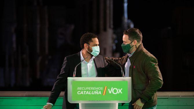 Ignacio Garriga i Santiago Abascal, en el primer míting de Vox aquesta campanya electoral (ACN)