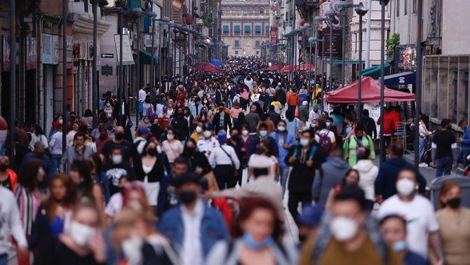 La variant delta amenaça la retirada de la mascareta a Catalunya? La vacunació, la clau