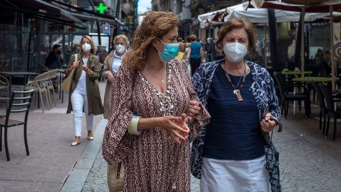 Dues dones amb mascareta, el cap de setmana passat al centre d'Ourense