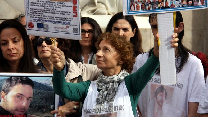 """Familiars i amics del jove desaparegut al Brasil fa mig any que reclamen """"suport institucional"""""""