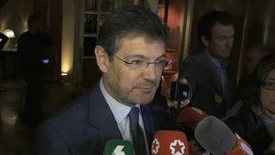 Rafael Catalá, aquest dimarts, atenent els mitjans durant un esmorzar informatiu amb l'alcalde de Lleó