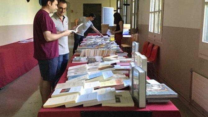 Una parada de llibre de temàtica medieval, en el marc del 8è l'International Medieval Meeting que se celebra a la UdL. Imatge del 25 de juny de…