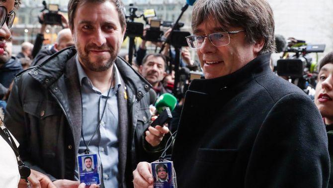 Puigdemont i Comín reben l'acreditació com a eurodiputats