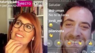 """Elisenda Carod i Joel Díaz, connectats per uns sofàs al """"Fora de context"""""""