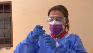 Imatge de:Comencen els tests d'antígens gratuïts en farmàcies per a monitors i infants d'activitats de lleure