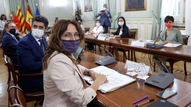 Jordi Puigneró i Laura Vilagrà, en la reunió de la comissió bilateral d'aquest dilluns