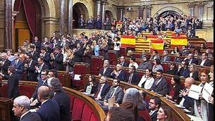 El Parlament aprova la resolució independentista
