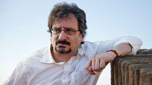 """Albert Sánchez Piñol: """"Els polítics no són res més que titelles en mans dels qui governen"""""""