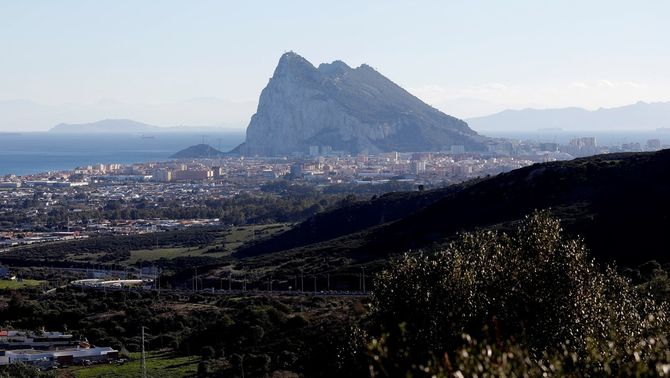 Principi d'acord entre Espanya i el Regne Unit per eliminar la tanca amb Gibraltar