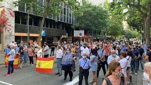 Una manifestació amb el PP i Ciutadans protesta contra els indults a Barcelona