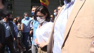 Ayuso s'enreda pel tema dels indults i Casado l'esmena