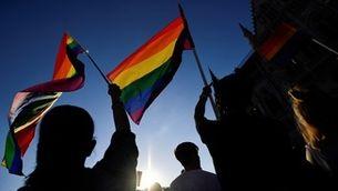 Hongria desafia la UE i anuncia un referèndum sobre la llei contra el col·lectiu LGTBIQ+