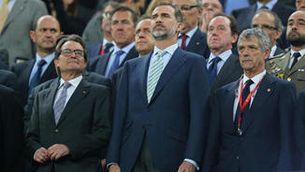 Les autoritats al Camp Nou durant la xiulada a l'himne (Reuters)