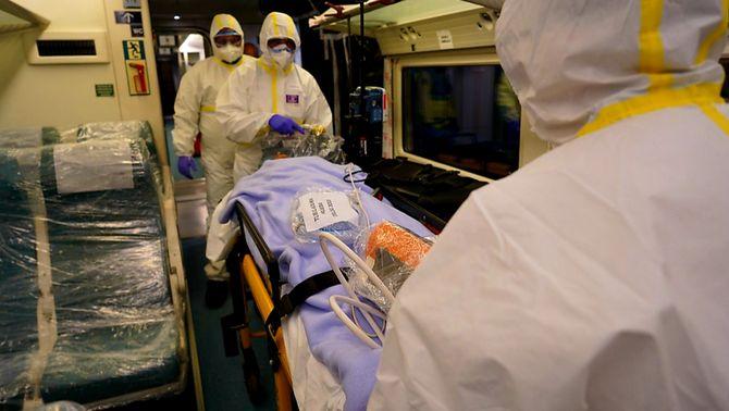 A punt tres trens medicalitzats per traslladar pacients entre comunitats en cas de col·lapse
