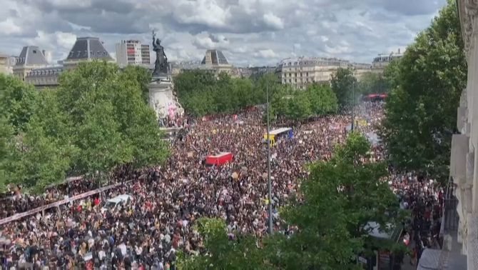 15.000 persones participen en la manifestació de París