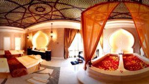 Una fotografia situa Joan Carles a Abu Dhabi