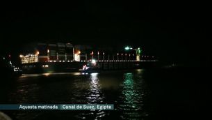 Reflotat l'Ever Given després de 6 dies encallat al canal de Suez