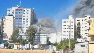 Israel bombardeja l'edifici dels mitjans de comunicació internacional a Gaza
