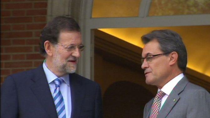 """Rajoy ofereix a Mas diàleg """"sense data de caducitat"""" però li demana """"lleialtat institucional i respecte al marc jurídic"""""""