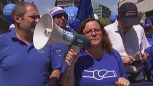 Milers de persones surten al carrer en defensa del riu Ebre