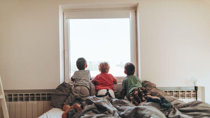 El confinament pot tenir efectes psicològics en nens, adolescents o nadons?