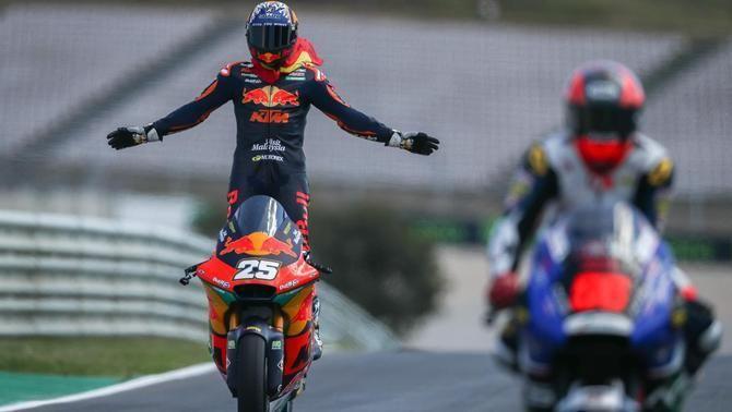 Raúl Fernández s'estrena a Moto2 amb una victòria al GP de Portugal