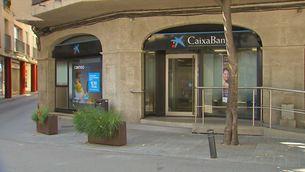 CaixaBank acomiadarà 8.300 treballadors i tancarà 1.500 oficines