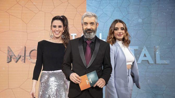"""Roger de Gràcia amb Candela Figueras i Laia Fontàn, a la segona temporada de """"Batalla monumental""""."""