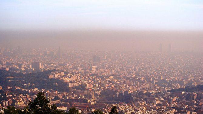Barcelona des de l'observatori Fabra (Alfons Puertas)