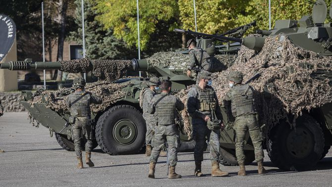 """El Suprem rebaixa la sanció a un militar que reclamava una """"solució armada"""" a Catalunya"""
