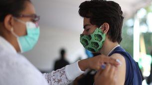 La vacunació a joves d'entre 12 i 15 anys s'obre aquest dimecres