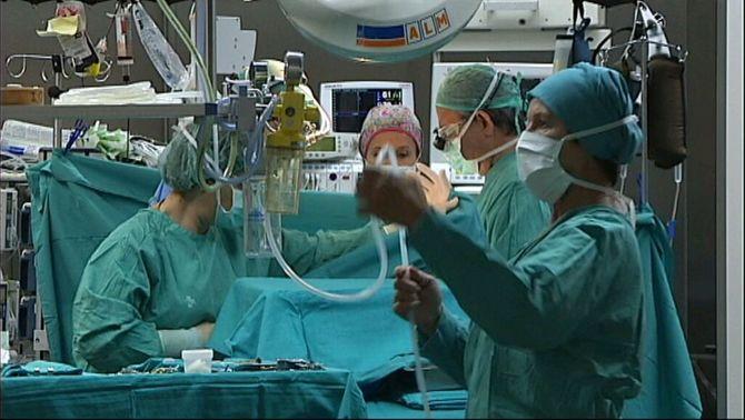 Els vuit hospitals de l'ICS recuperaran el 2012 una part de l'activitat quirúrgica perduda