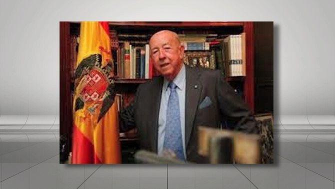 José Utrera Molina en una imatge d'arxiu al seu despatx.
