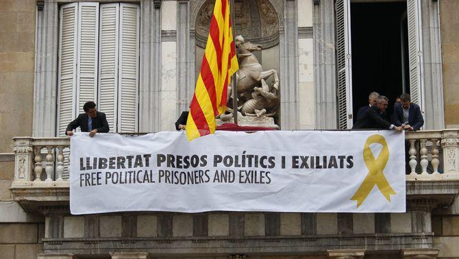 Les opcions de la Generalitat davant l'ordre de la JEC de retirar els llaços grocs (ACN)