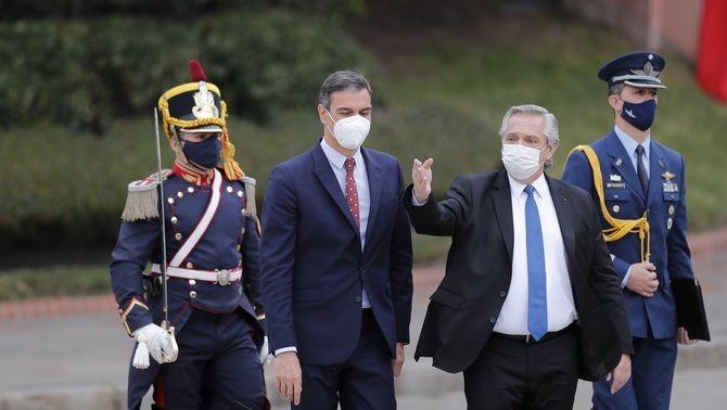 Pedro Sánchez, amb el president argentí, Alberto Fernández