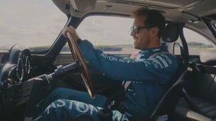 Vettel i Stroll, a l'estil 007 a Silverstone