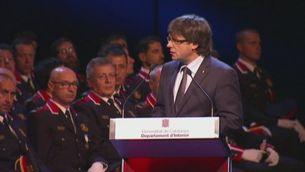 Puigdemont dóna suport als mossos en els dies de les Esquadres
