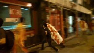 Sis ferits lleus per alguns ultres al pas de la manifestació espanyolista d'ahir a Barcelona