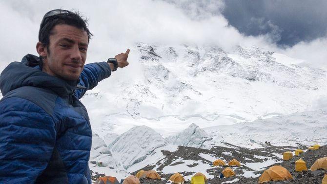Kilian Jornet torna a l'Everest per intentar un nou repte