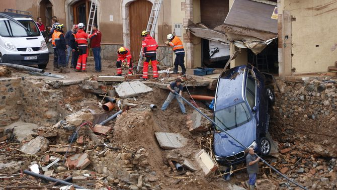 Imatges de la devastació a les poblacions inundades pel desbordament del Francolí