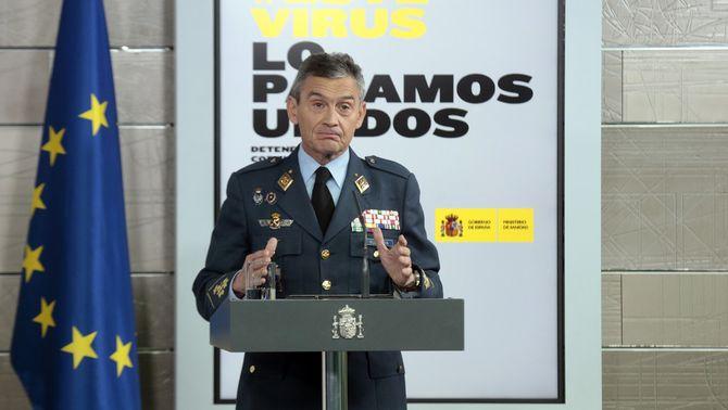 L'Estat Major de l'exèrcit ja s'ha vacunat i la ministra Robles els demana explicacions