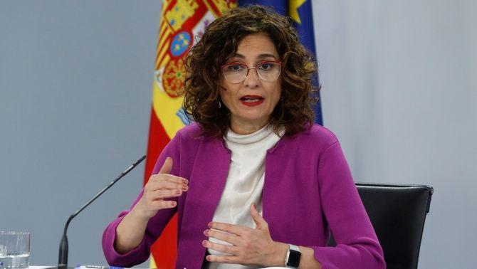 La portaveu del govern, María Jesús Montero, durant la roda de premsa posterior al Consell de Ministres
