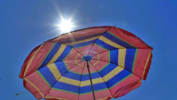 Dia radiant amb calor intensa (Jordi Rodoreda)