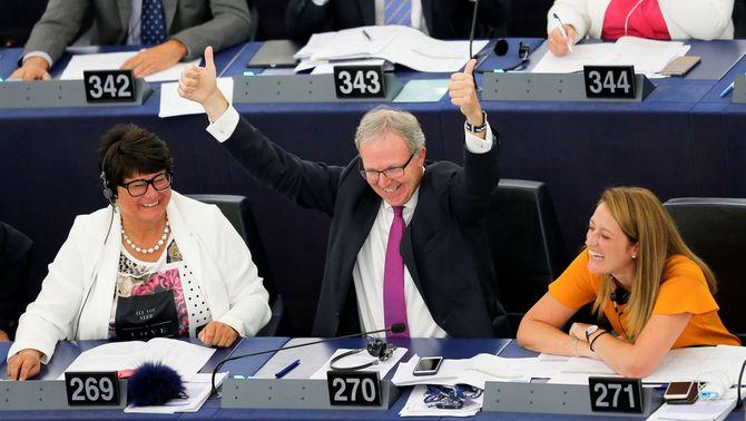 """Victòria a Europa dels defensors del """"copyright"""" davant els que volen internet lliure"""