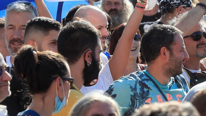 """""""Màxima duresa"""" contra els participants de la manifestació de Madrid sense mascareta"""