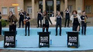 Imatge de:Black Music Big Band canta un clàssic de Whitney Houston