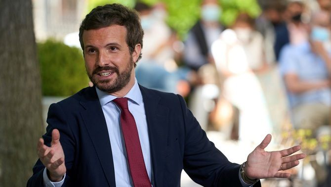 El líder del PP, Pablo Casado, en un acte aquest dilluns a Àvila